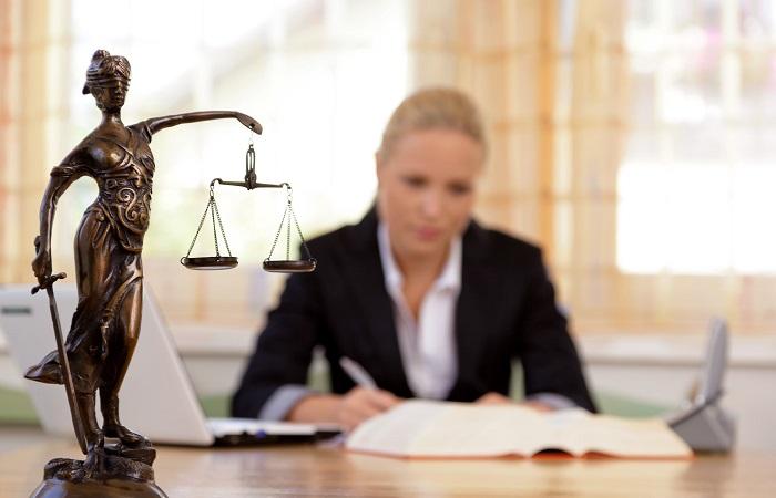 Thay đổi người đại diện theo pháp luật công ty TNHH tại oceanlaw