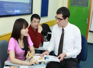 Thành lập trung tâm ngoại ngữ có người nước ngoài